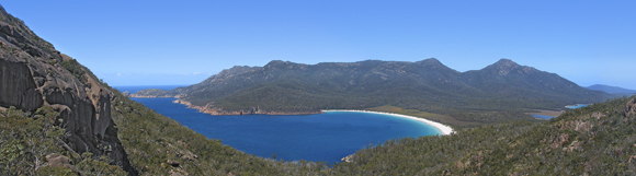 0016 - Wineglass Bay, Freycinet National Park, TAS