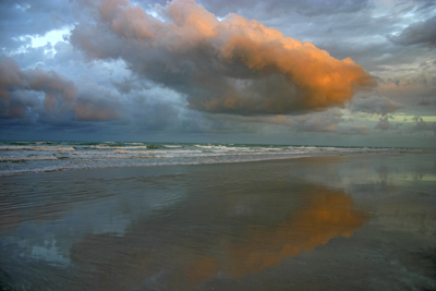 0402 - Sunrise Cloud, Cable Beach, W.A.