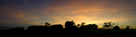 0481 - Sunset at Devils Marbles, N.T.