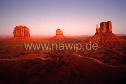 Monument Valley / L_USA_77